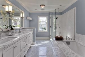 traditional-master-bathroom-with-rain-shower-i_g-IS-p5mq4xk8e5wd-YcMls